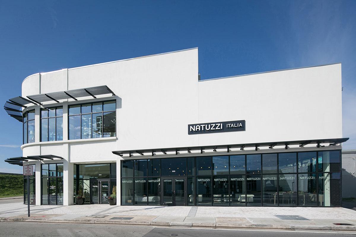 Natuzzi_store_Miami_photo_by_Robin-Hill_02.jpg