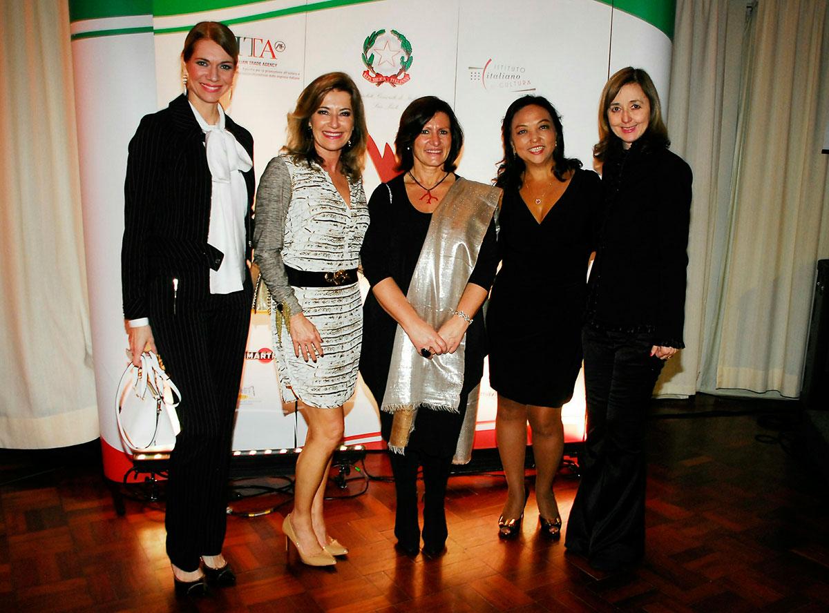 Laura-Wie,-Silvia,-Vinhas,-Nancy-Saeki-e-Rosana-Beni..jpg