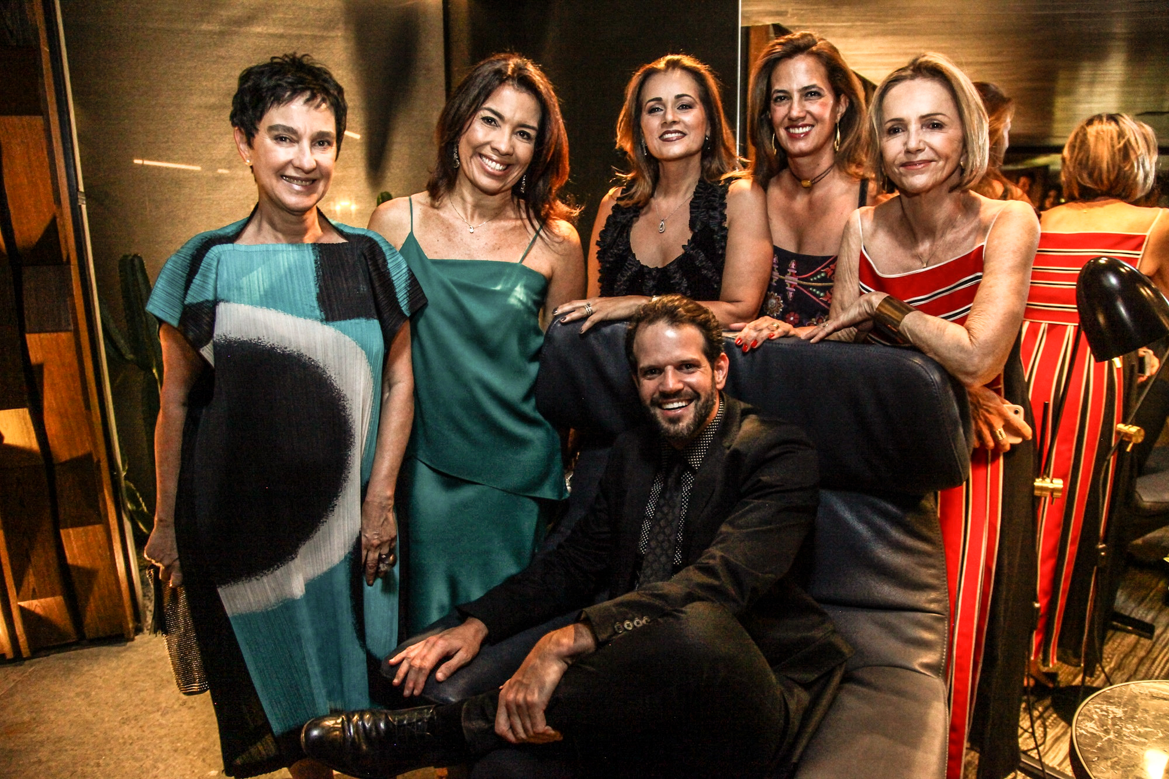 Lívia Pereira, Eliane Martins, Mônica Pinto, Isabel Veiga, Sheila Podestá e Arnaldo Pinho_Crédito_Ariel Costa.jpg