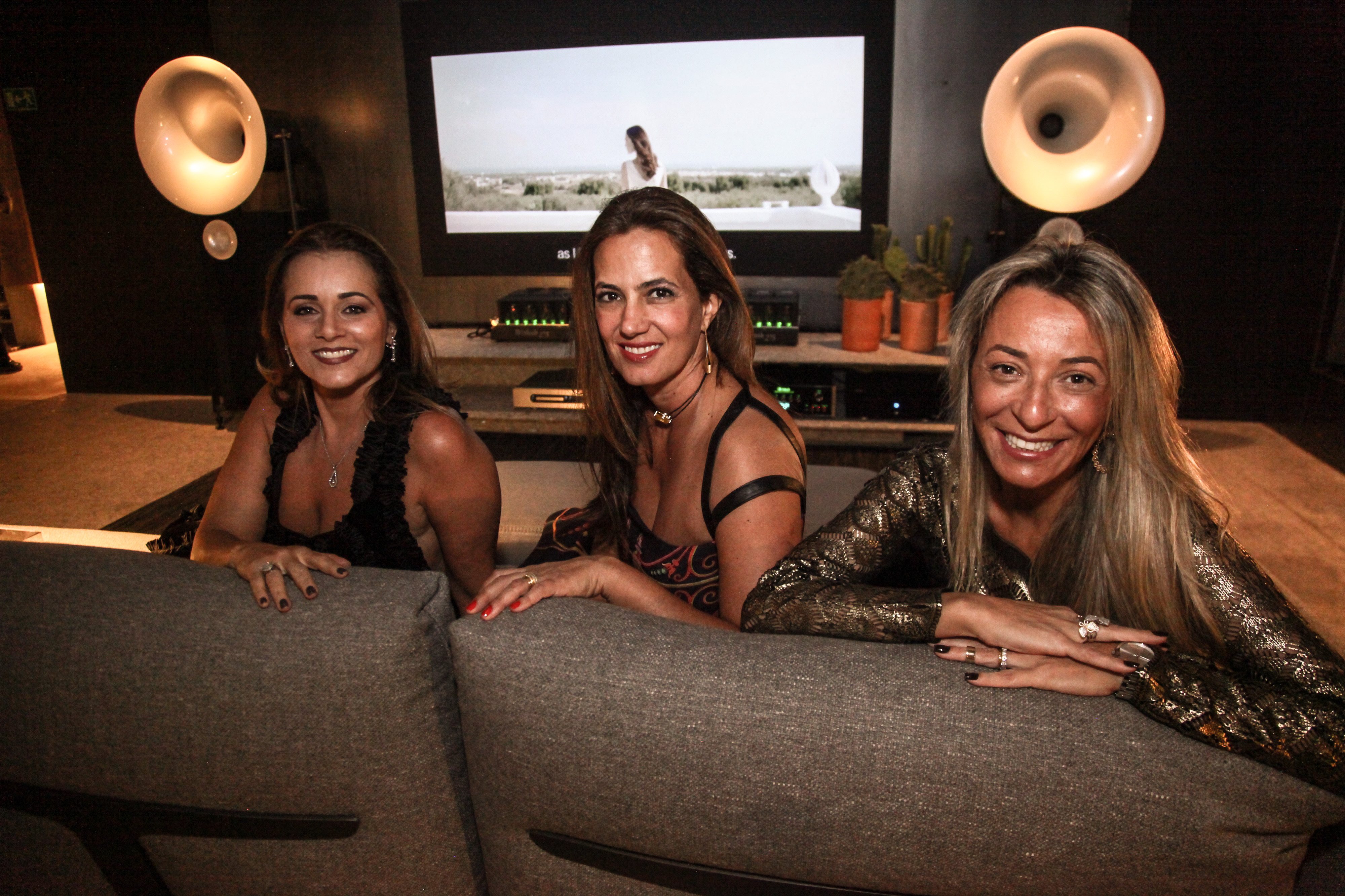 Mônica Pinto, Isabel Veiga e Roberta Denucci_Crédito_Ariel Costa.jpg