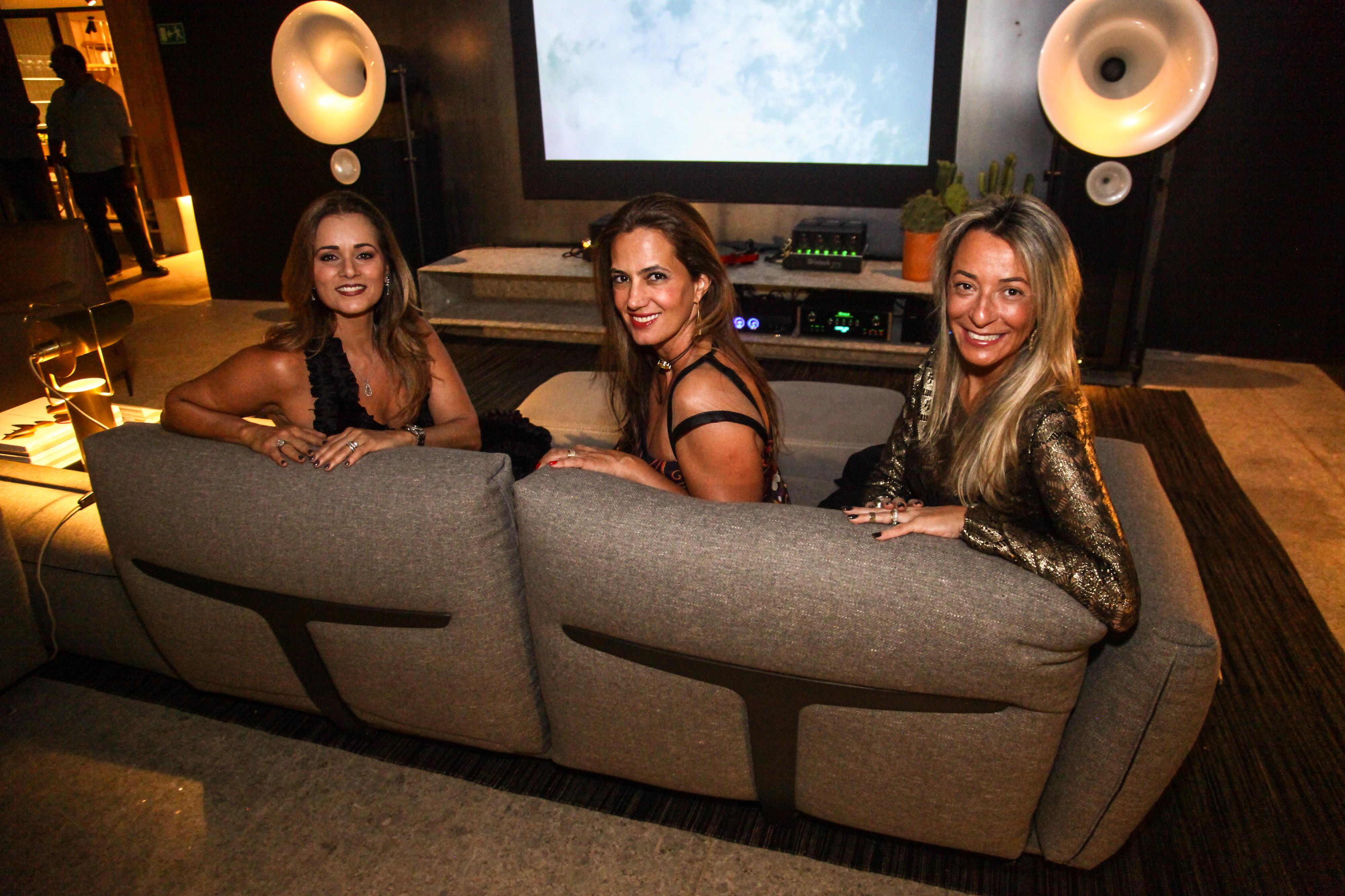 Mônica Pinto, Isabel Veiga e Roberta Denucci1_Crédito_Ariel Costa.jpg