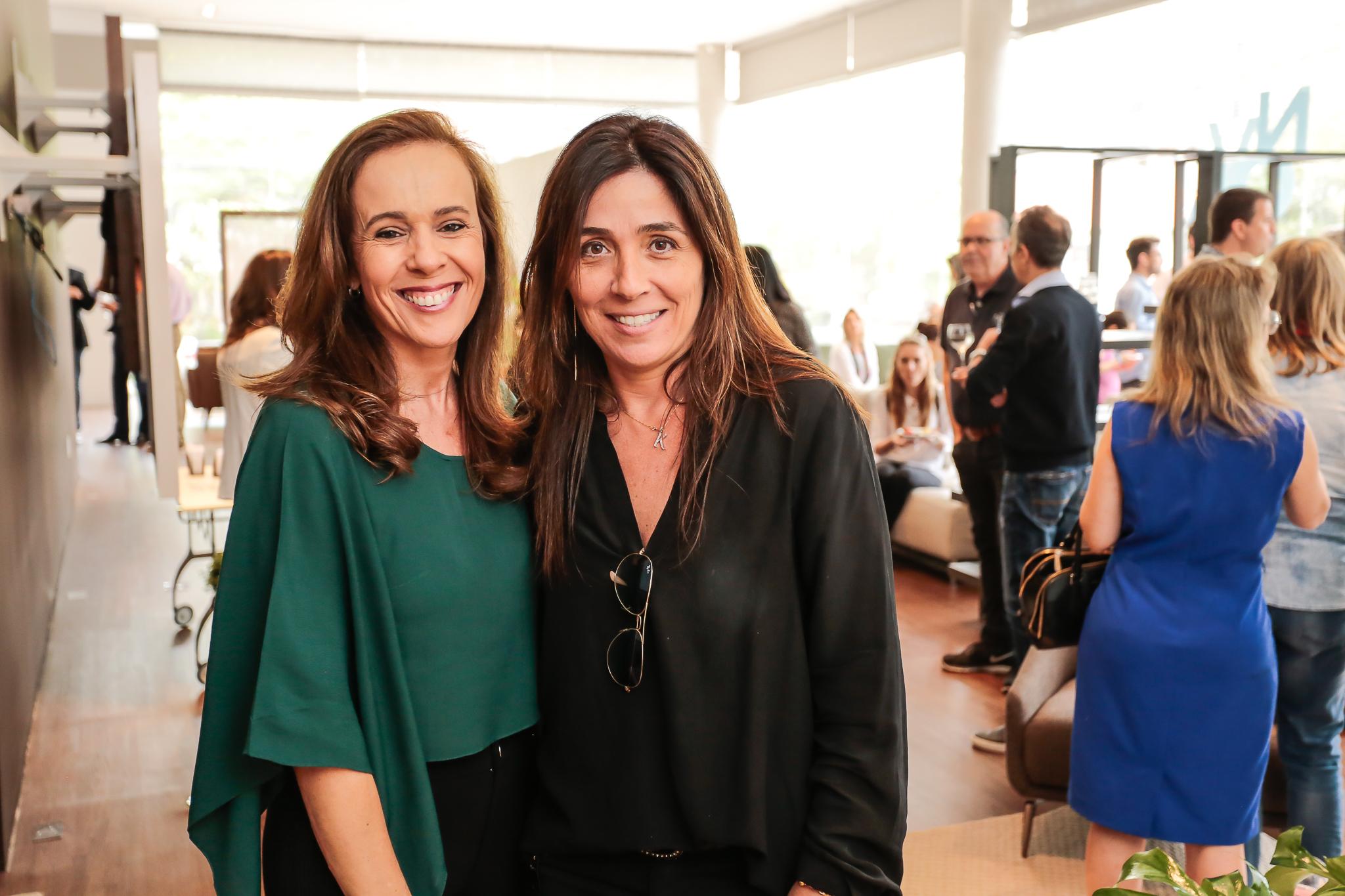 Lisiane Scardoelli e Karen Feldman ©2017_ViniDallaRosa_ALTA-9933.jpg